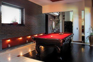 Professional pool table movers in Longview content img1